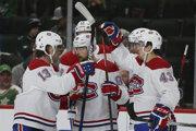 Tomáš Tatar (uprostred) oslavuje gól v zápase základnej časti NHL 2019/2020 Minnesota Wild - Montreal Canadiens.