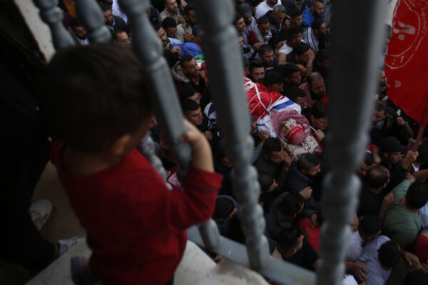 Badawí utrpel strelné poranenie hrude v utečeneckom tábore neďaleko Hebronu.