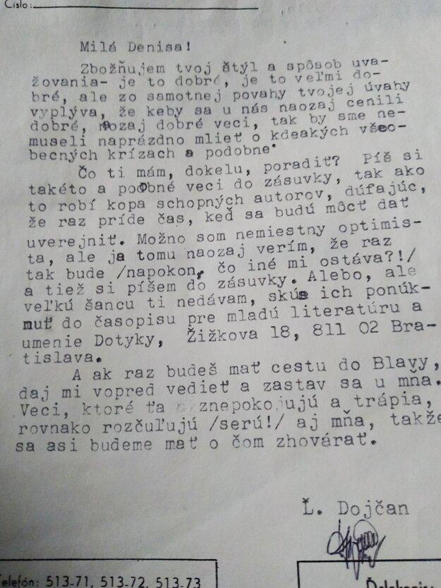 So študentkou Denisou Kabátovou komunikoval redaktor Smeny Ľ. Dojčan.