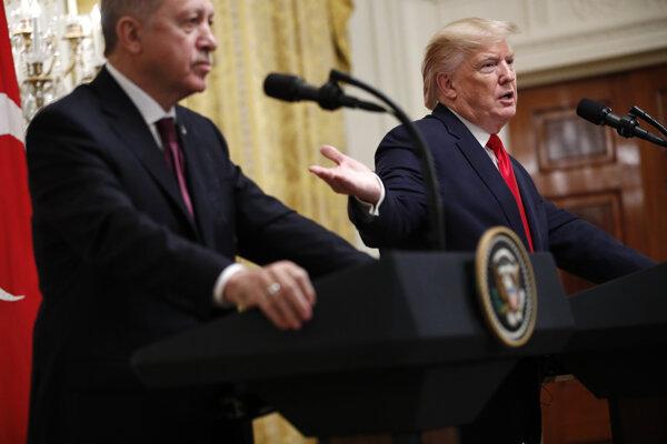 Americký prezident Donald Trump privítal v Bielom dome svojho tureckého kolegu Erdogana.