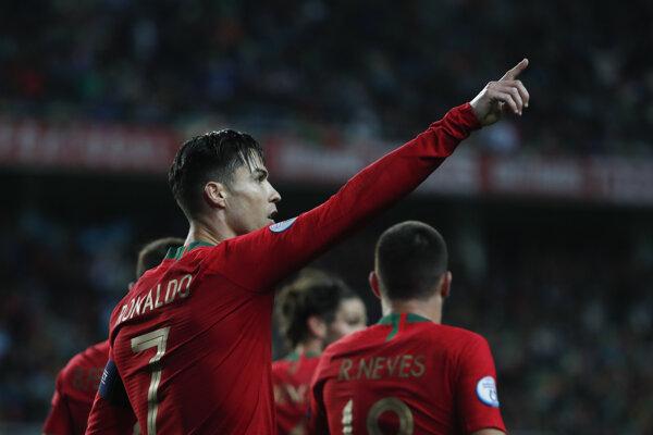 Cristiano Ronaldo v zápase B-skupiny kvalifikácie na EURO 2020 Portugalsko - Litva.