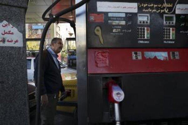 V Iráne zdraželi pohonné hmoty.