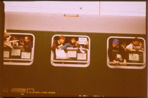 Vlak študentov.