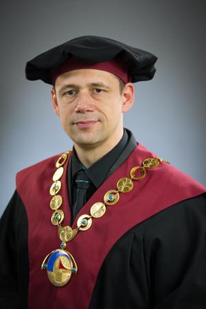 Dekan Ekonomickej fakulty Technickej univerzity v Košiciachdoc. Ing. Michal Šoltés, PhD.