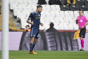 Erik Daniel po strelení gólu počas zápasu K-skupiny Európskej ligy 2019/2020 Besiktas Istanbul - ŠK Slovan Bratislava.