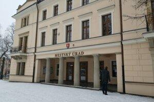 Na pôde Mestského úradu v Levoči sa uskutočnilo stretnutie ohľadom zápachu v meste a okolí.