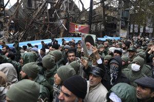 Protestujúci v iránskom meste Šahriar.