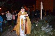 V Skalici rozsvietili veľký adventný veniec