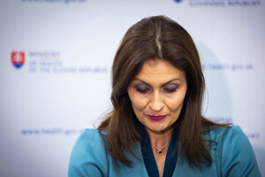 Ministerka Kalavská podala demisiu.