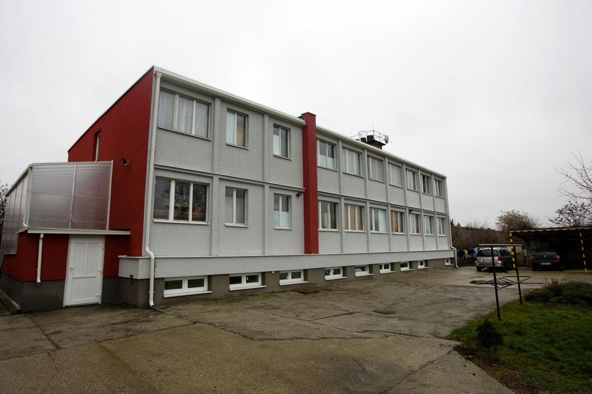 Čistý deň odmieta vrátiť Trnavskému kraju jednu z budov - SME