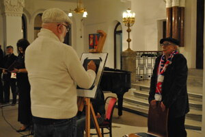 Sedemnástym výtvarníkom sa stal Peter Horváth, prvý porevolučný vedúci katedry. Spolu s Petrom Rónaiom pripravili počas vernisáže performanciu Horváth kreslí portrét Rónaia.