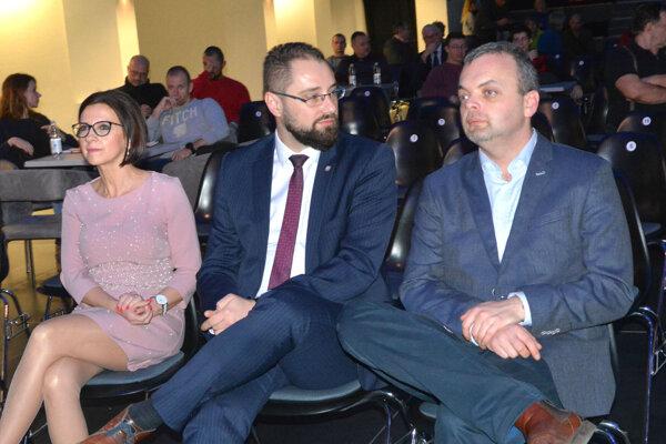 Marcel Vrchota z klubu podporujúceho primátora mu vyčíta slabý posun v prerozdelení kompetencií.