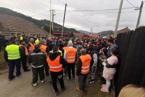 Na pokoj demonštrácie prihliadali aj MOPS-kári.