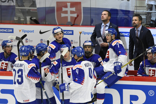 Slovenská striedačka na MS v hokeji do 20 rokov 2020.