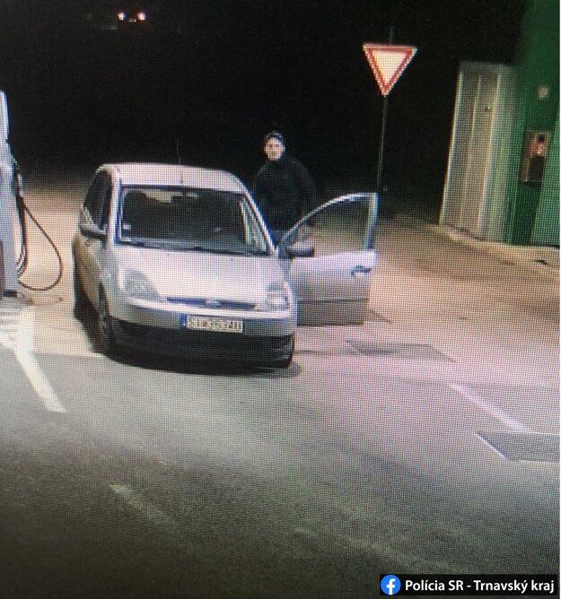 Na benzínke v Radošovciach