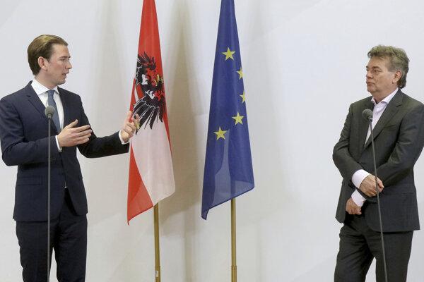 Spojenectvo protikladov. Vľavo líder ľudovcov (ÖVP) Sebastian Kurz a líder Zelených Werner Kogler.