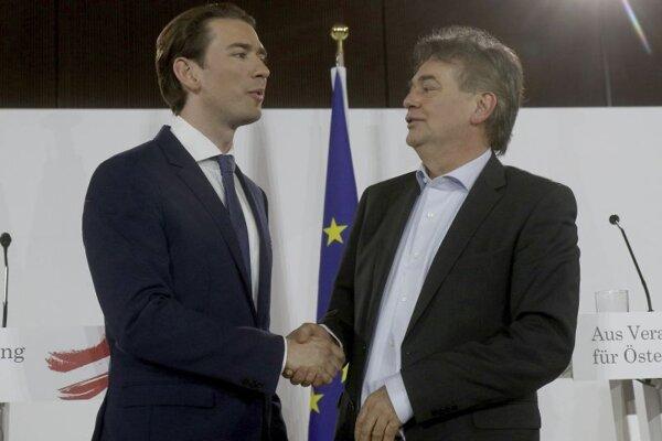Predseda Rakúskej ľudovej strany Sebastian Kurz a líder Zelených Werner Kogler sa dohodli na vládnej koalícii.