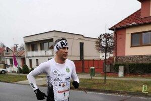 Gabriel Švajda v plnom nasadení počas pretekov
