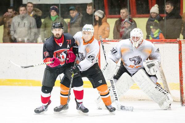 Hokejisti MHK Dolný Kubín pretrhli štvorzápasovú šnúru bez výhry.