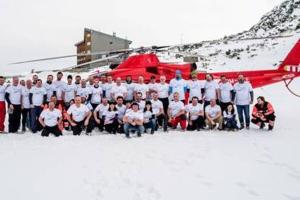 Leteckí záchranári sú pripravení pomôcť každý deň.