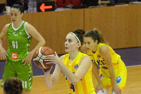 D. Drobná do Vilniusu pre zranenie kolena necestuje.