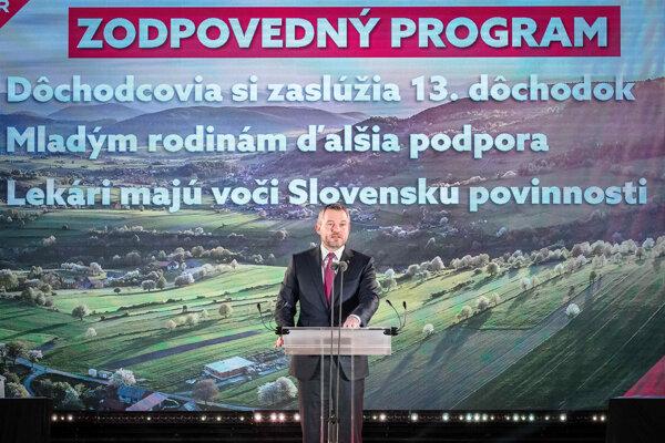 Premiér Peter Pellegrini vystupuje so svojím prejavom na programovej konferencii Smeru.