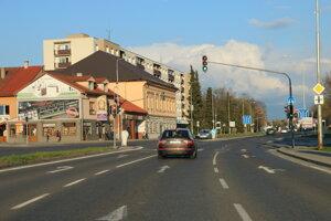 O BUS pruhu sa uvažuje v úseku od Rachmaninovho námestia po most v Okoličnom.