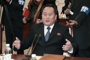 Ri Son-kwon.