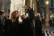Slovenská prezidentka Zuzana Čaputová počas návštevy Chrámu Božieho hrobu v Jeruzaleme.