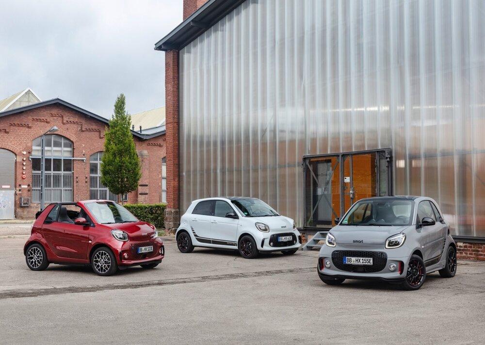 Kompletná rodina elektrických Smartov