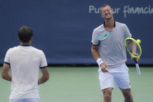 Filipovi Poláškovi nevyšlo semifinále štvorhry na Australian Open podľa predstáv.