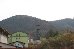 Rudňany, niekdajšia banícka obec. Plánujú tu odštartovať sociálny podnik, zamestnajú najmä Rómov.