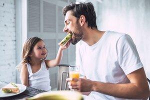 Potraviny pre výkonný mozog. Môžete si zdravou stravou zlepšiť duševné schopnosti?