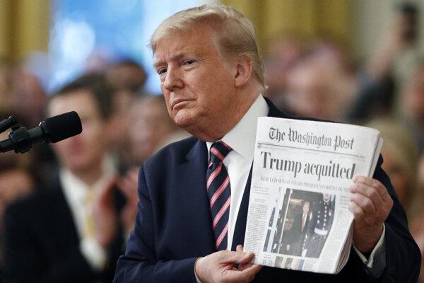 Prezident Trump impeachment ustál.