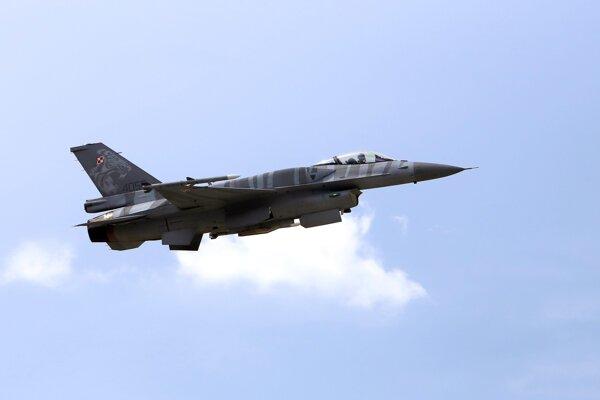 Stíhačka F-16. Ilustračné foto.
