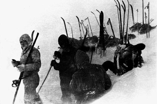 Posledná fotografia živých členov expedície.
