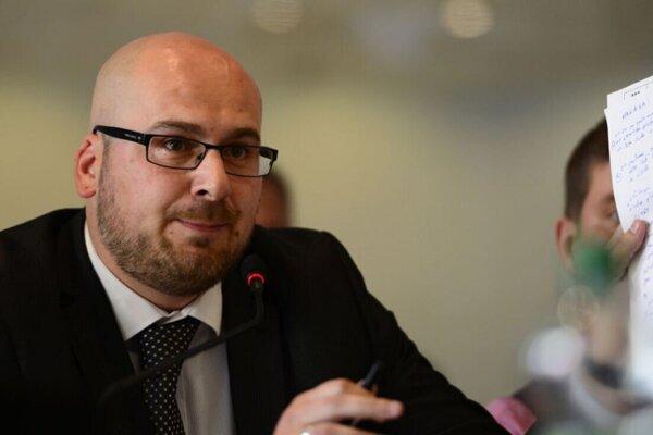 Michal Kaliňák, riaditeľ Kancelárie ZMOS ahovorca.