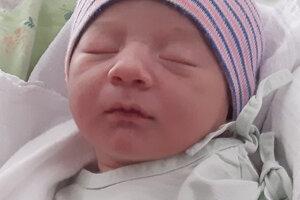 Filip Blažeňák  (3100 g, 48 cm)  sa narodil 16. decembra 2019 rodičom Anne a Jozefovi z Mútneho. Doma sa z neho teší Natália, Adela, Sofia a Jozef.