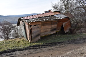 Čierne stavby na Domaši.