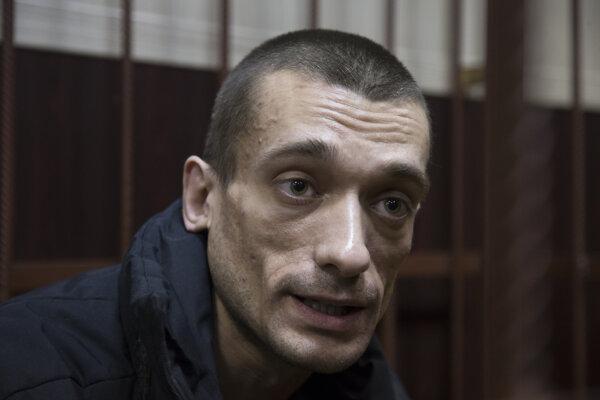 Piotr Pavlenskij.
