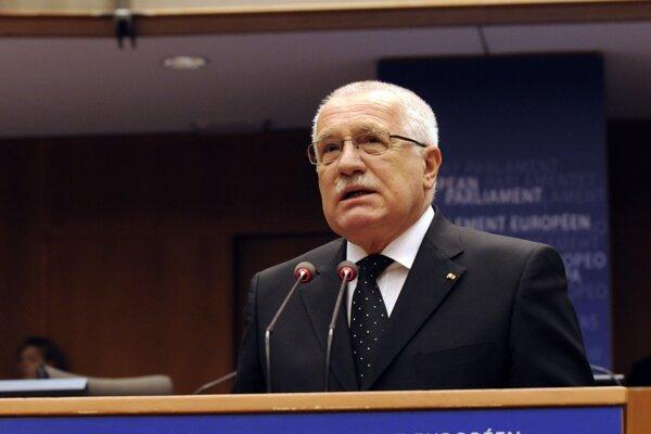 Prejav Václava Klausa v Europarlamente pred 11 rokmi.