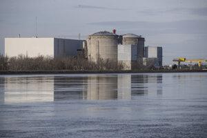 V zariadení Fessenheim na hraniciach s Nemeckom v sobotu vypli jeden z jeho reaktorov.