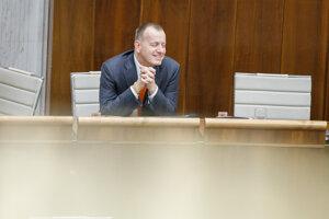 Poslanec za hnutie SME RODINA Boris Kollár.