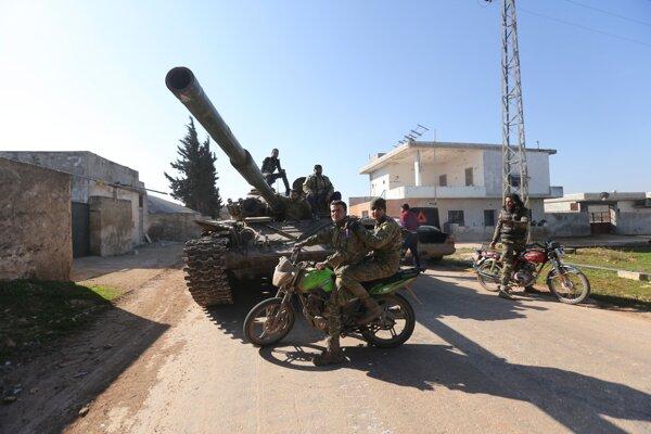 Sýrski rebeli v Saraqebe v provincii Idlib 27. februára 2020.