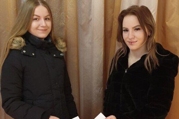 Dvojčatá Natália a Veronika Bartošové volili prvý raz.