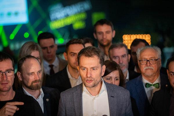 Súdržnosť poslancov OĽaNO bude stáť na neskúsených nováčikoch v parlamente.