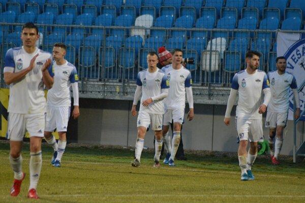 Nitra hostila Slovan.