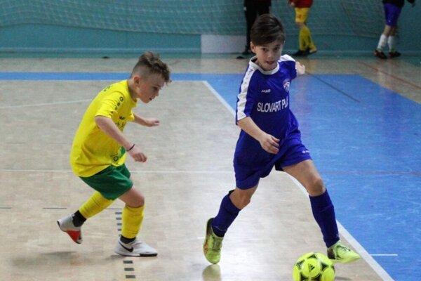 Nádeje FK Močenok dosiahli na halových turnajoch najlepšie úspechy.
