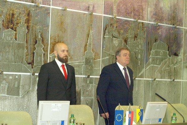 Súčasný primátor (vľavo) a ten bývalý ťažko nachádzajú spoločnú reč.