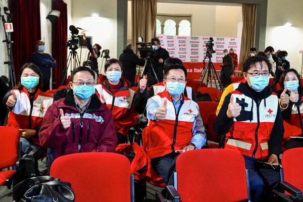 Čínski lekári v Taliansku